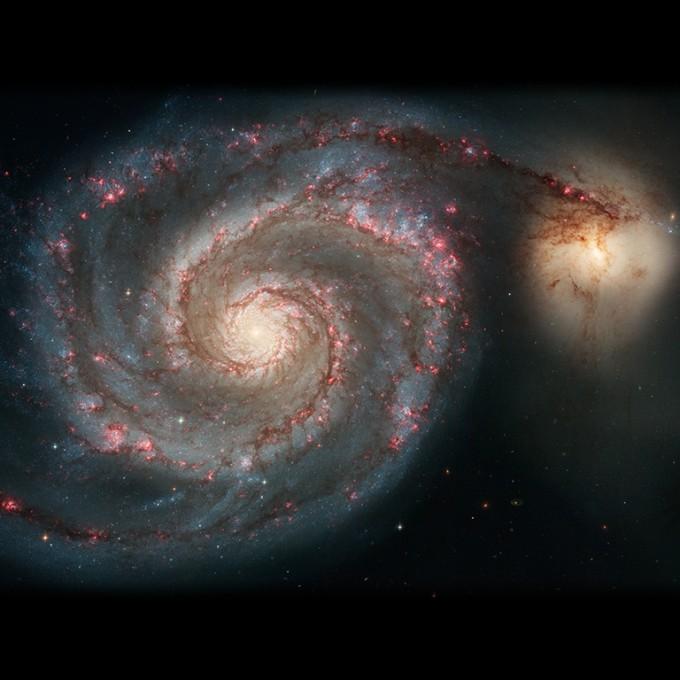 2005년 촬영한 소용돌이은하 M51. 지구로부터 약 2300만 광년 떨어져 있다. - NASA/ESA 제공